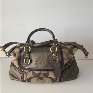 Handbags - Signature Coach Handbag